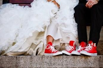 novios-con-converse-organización-de-bodas-en-madrid