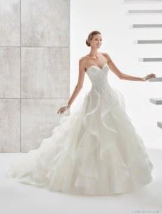 vestido-aurora-novias-con-falda-volantes