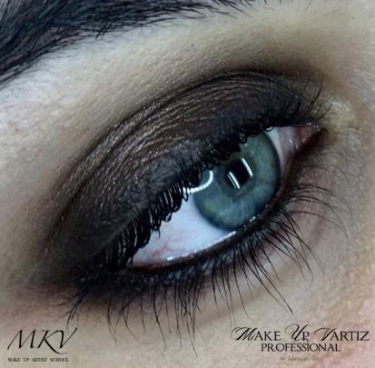 Maquillaje MKV